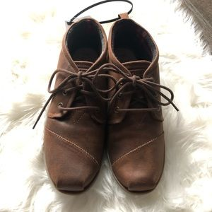 Bobs Brown Lace up Drifting Bootie Size-9.5